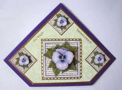 Viooltje paarse kaart