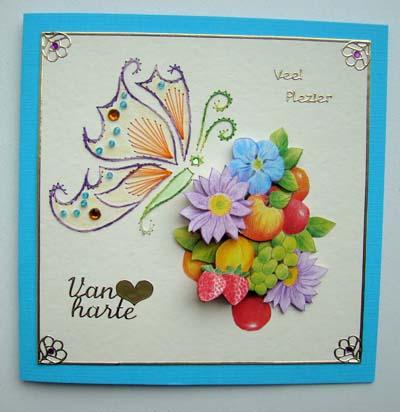 Vlinder met bloemen en fruit