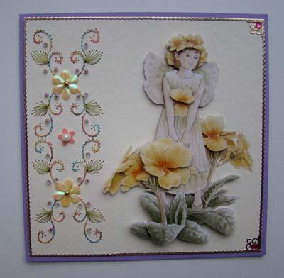 Fairie met borduur en bloemetjes en kraaltjes